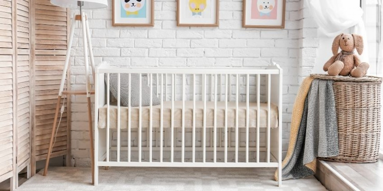 What Type of Paint to Use on a Baby Crib