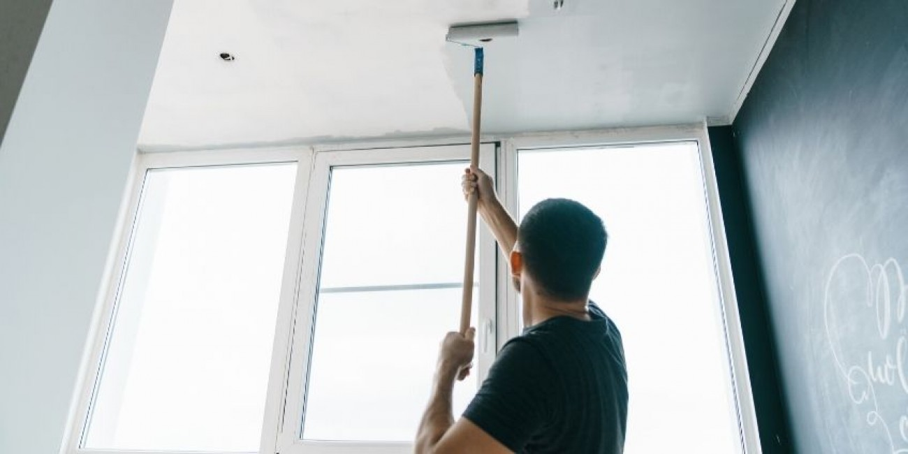 How to Safely Paint Your Ceiling
