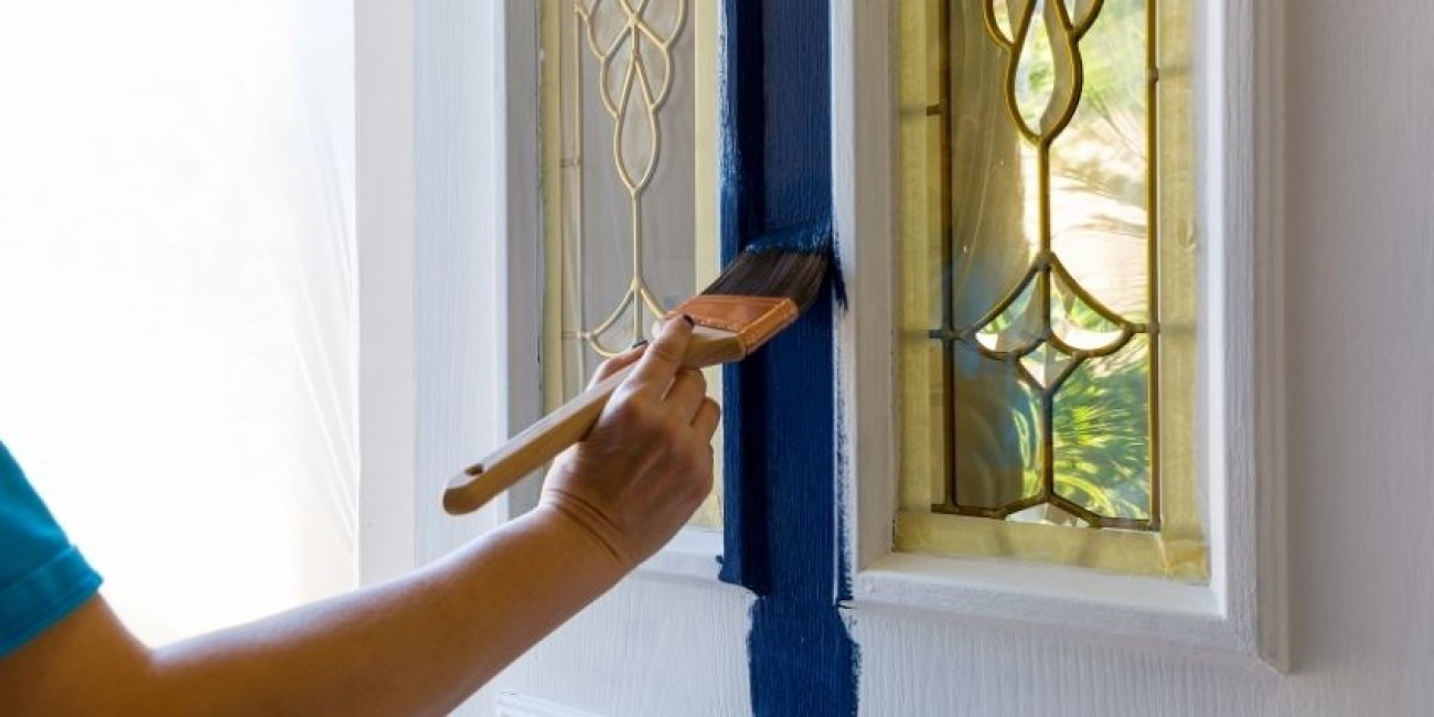 Tips and Tricks for Painting Your Front Door