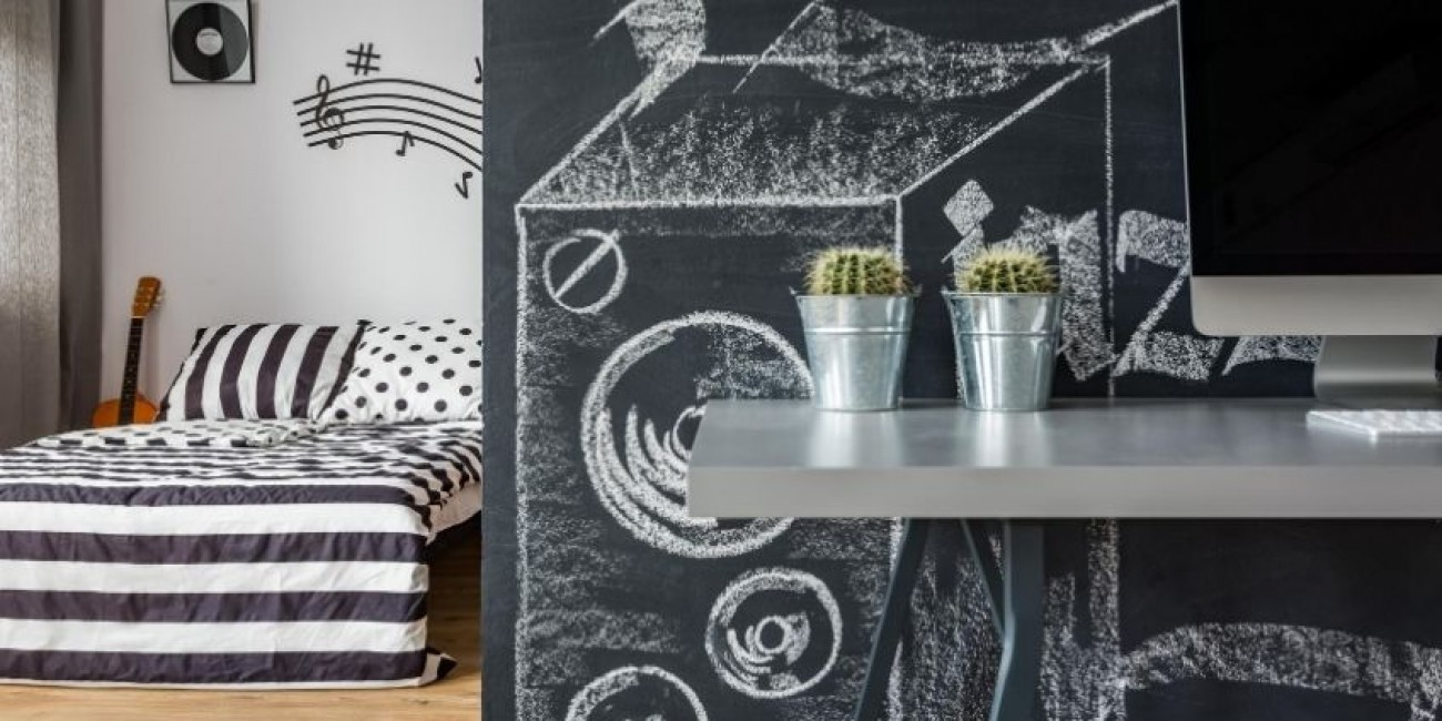 What To Consider Before Painting a Chalkboard Wall